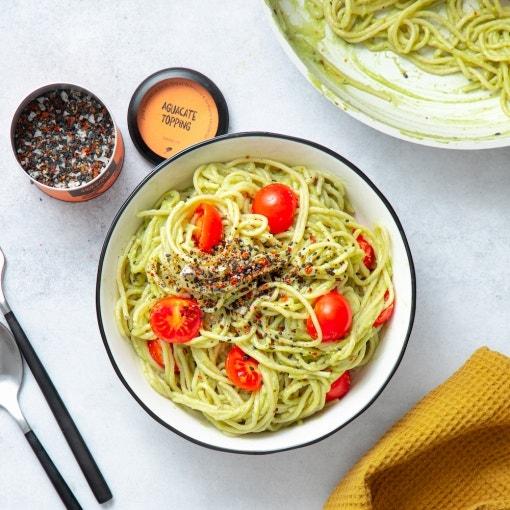 Espagueti con salsa de aguacate
